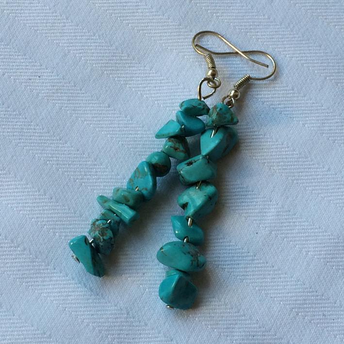 boucles d 39 oreilles baroques en turquoise bijoux femme en pierres semi pr cieuses jade lapis. Black Bedroom Furniture Sets. Home Design Ideas