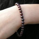 Bracelet grenat avec perles fines